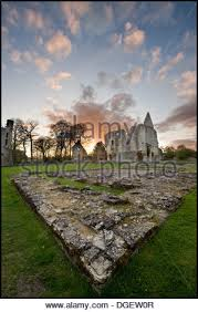 Old Castle Curtain Wall England Castle Medieval Curtain Wall Of A 12th Century Castle In