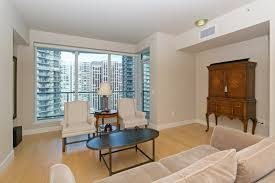 the escala charming 12th floor city view condo urbanash pointe 3
