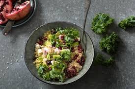 cuisiner le chou frisé salade au chou frisé non pommé quinoa et avocat recette fooby ch