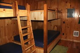 Cabin Bunk Bed 6 Person Cabin Bunk Bed Picture Of Mackinac Lakefront Cabin