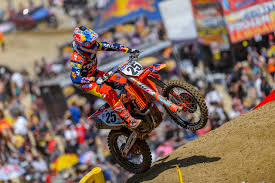motocross racing marvin musquin racing with torn meniscus transworld motocross