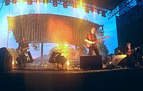 fright lined dining room concert review arctic monkeys in indianapolis in the girls at