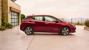 nissan leaf ev range 2018 nissan leaf 5 things we like about the redesigned ev