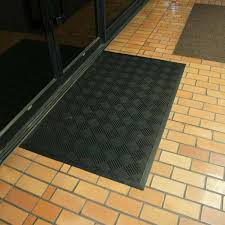 dura scraper checkered rubber doormat