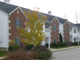 residential apartments and house for rent bloomington in