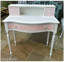 shabby chic dressing table make over with decoart chalky finish