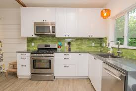 Greenery Above Kitchen Cabinets Pantone U0027s 2017 Color Of The Year Home Design Ideas Diy Network