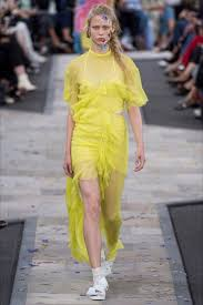 32 Best Tendencias Deco Primavera by 23 Best Hair Lfw Ss17 Images On Pinterest London Fashion Weeks