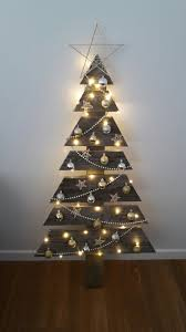 primitive christmas tree top 20 pallet christmas tree designs to pursue homesthetics