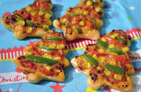 mini christmas tree pizzas recipe goodtoknow