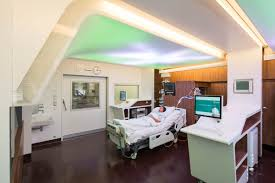 berlin charité philips led ceiling brings well being to the icu