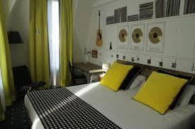 chambre noir et vert chambre vert jaune mobilier décoration