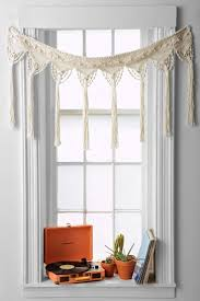 Different Curtain Styles Best 20 Window Scarf Ideas On Pinterest Curtain Scarf Ideas