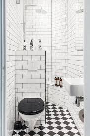 35 clever tiny house bathroom with maximize space tiny spaces