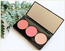 smashbox light it up blush palette smashbox l a lights in culver city coral review swatches look