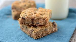 quick easy cookie bar recipes and ideas pillsbury com