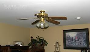 how to paint a ceiling fan updating a ceiling fan with a little paint tempting thyme