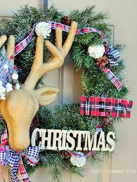 diy christmas plaid and reindeer wreath