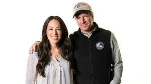chip joanna gaines fixer upper stars chip and joanna gaines announce they re