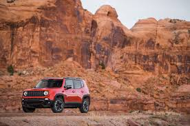 jeep renegade trailhawk orange 2015 jeep renegade trailhawk first test motor trend