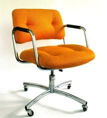 Quality Youth Bedroom Furniture Furniture Orange Rolling Desk Chair On Carpet With Orange Tufted