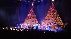 singing christmas tree the singing christmas trees show orlando florida