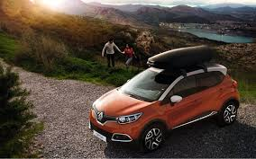Comparison Renault Captur Iconic Nav 2017 Vs Subaru