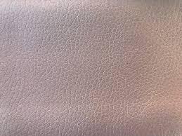 nettoyer un canapé en peau de peche comment nettoyer du simili cuir de la peau de pêche ou du tissu