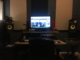 Best Home Studio Desk by Best Home Studio Set Up Sports Hip Hop U0026 Piff The Coli