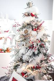 White Christmas Decorations To Make by 35 Neutral And Vintage White Christmas Tree Ideas Home Design
