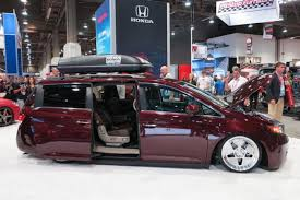 1000hp minivan instead if that hp number is actually accurate bisimoto honda odyssey super van provides 1 029 hp car news