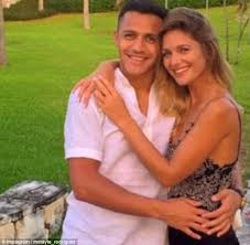 alexis sanchez wife alexis sanchez s actress girlfriend to move in with him daily mail