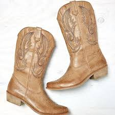 womens boots deichmann eagle outfitters eagle stitched cowboy boot cut