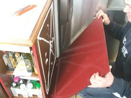 joue meuble cuisine rhabiller sa cuisine en plaques de verre galerie photos d article