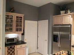 what wall color looks with grey cabinets pin on kitchen