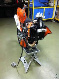 очень нужен service manual на ktm 500 exc 2012г