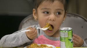 h e b thanksgiving feast connects needy to services