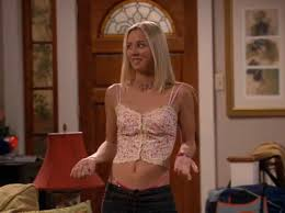 kaley cuico naked kaley cuoco in the pilot of 8 simple rules album on imgur