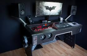 pc gaming desk setup s