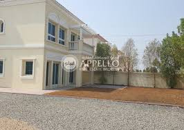 2 bedrooms villas for rent in jumeirah village triangle 2 bhk