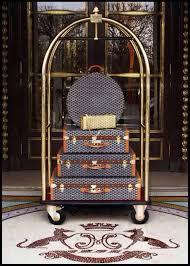 Panama Foldaway Luggage Rack Wood 12 Best Luggage Carts Images On Pinterest Store Boutique Decor