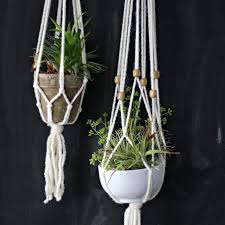 Simple Macrame Plant Hanger - how to make a simple macrame plant hanger ehow