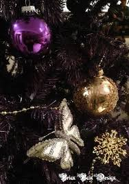 painting a artificial christmas tree purple 5 steps