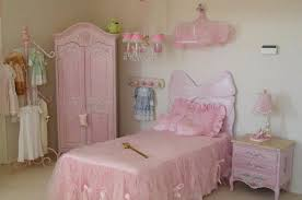 disney princess bedroom furniture bedroom princess bedroom set awesome princess bedroom furniture
