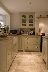 tile ideas for kitchen floors 100 best kitchen images on kitchen ideas gloss