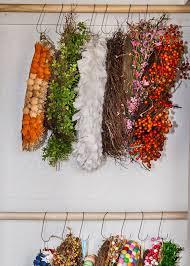 Wreath Diy Best 10 Wreath Hanger Ideas On Pinterest Diy Wreath Hanger
