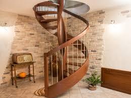 rivestimenti interni in legno ci erre scale produzione su misura di scale per interni in