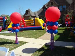 best balloon delivery 437 outside balloon wipeout theme party dallas best balloon