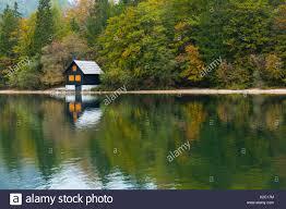 small lake house lakehouse stock photos u0026 lakehouse stock images alamy