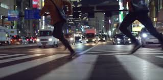 apple japan new japanese ad for apple s iphone 7 centers on speed of apple pay